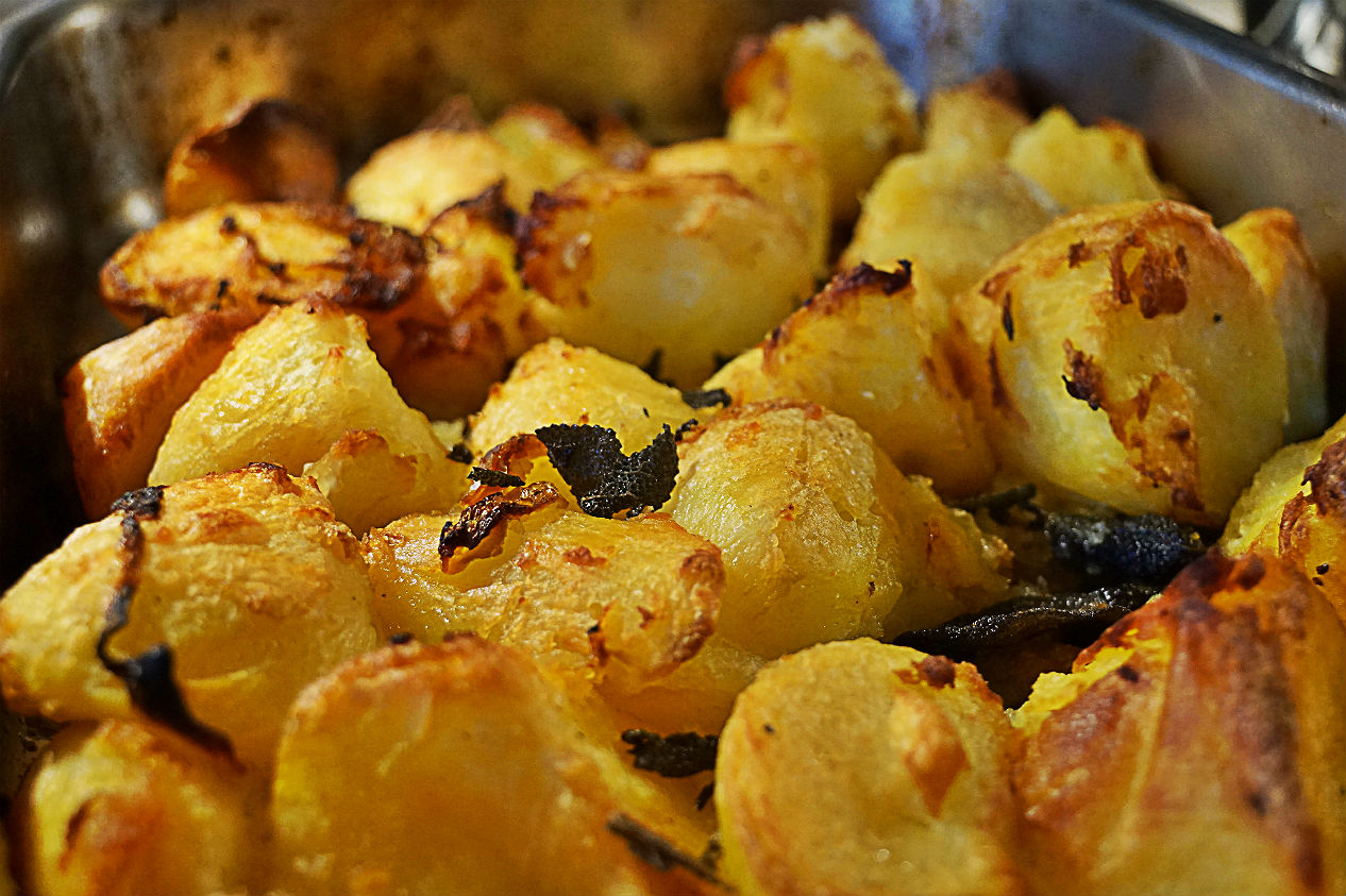Mayan Gold Roast Potatoes