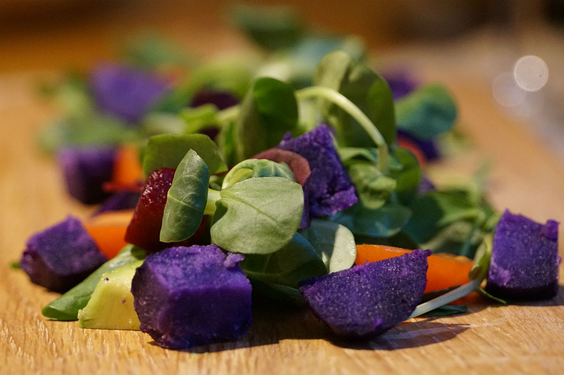 Vitelotte Super Salad