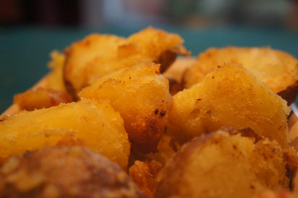 Golden Wonder roast potatoes